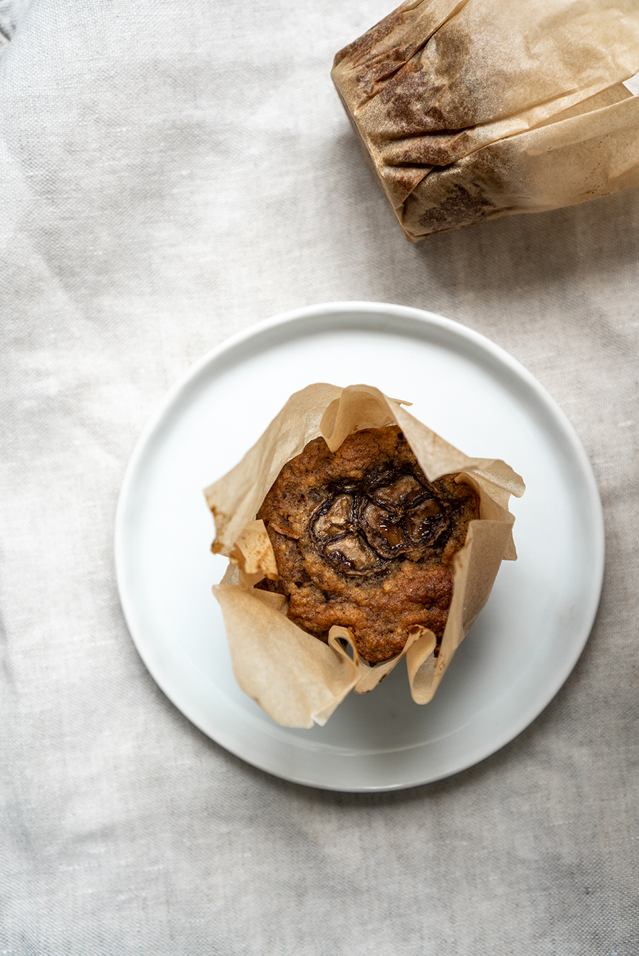 gluten free refined sugar free paleo vegan banana bread muffins